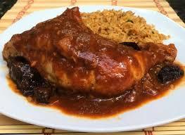 Receta de Pollo desmechado en salsa de Mole