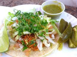 Nuestros Tacos de tinga con jalapeños